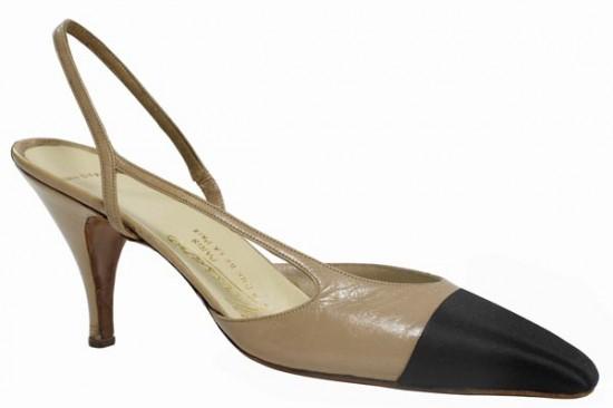 2-chanel-la-sandale-bicolore-de-1957