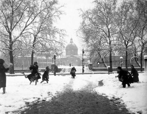 diaporama1803-boules-de-neige-au-pont-des-arts-19