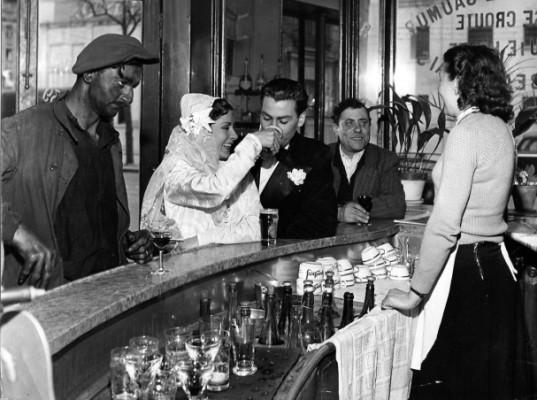 diaporama1905-cafe-noir-et-blancjoinville-le-pon
