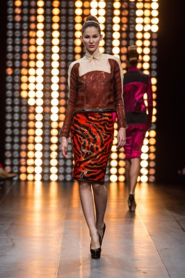 julien_fournie_haute_couture_aw1213_019_909075783_north_552x