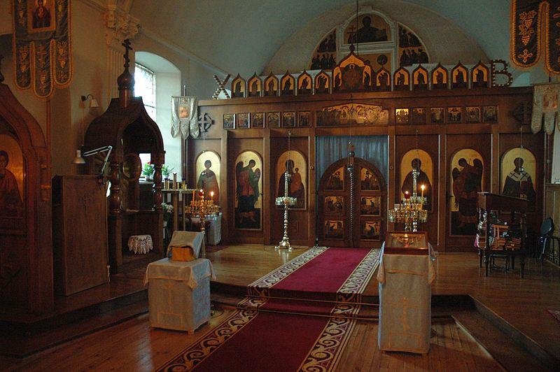 Un couvent russe en for L interieur d un couvent