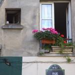 Французский «Вшкафу-сидящий» | Ce Français « laissé au placard »
