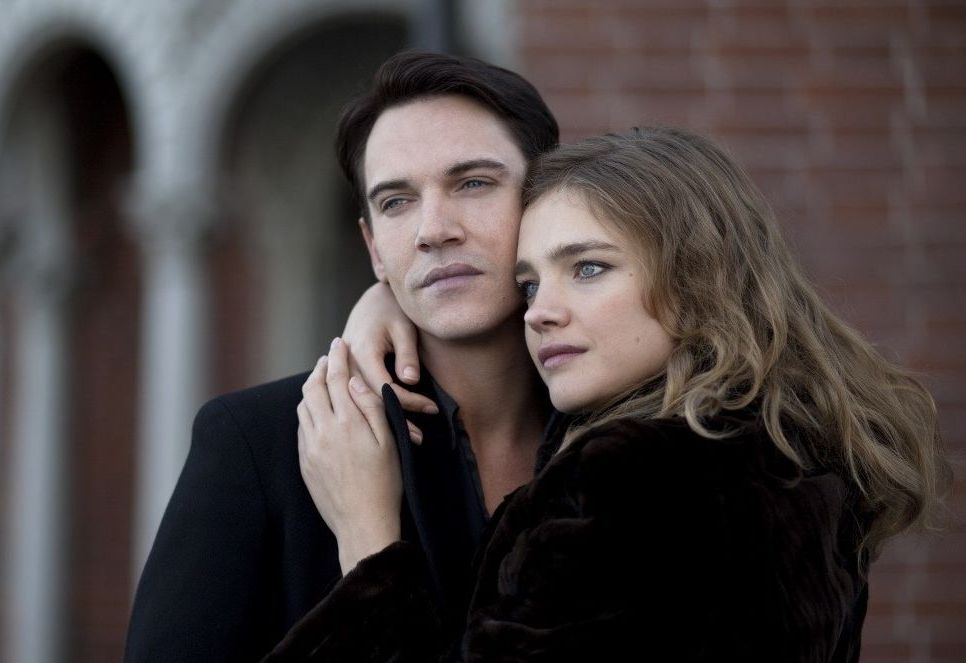 les amours de natalia vodianova et de jonathan. Black Bedroom Furniture Sets. Home Design Ideas