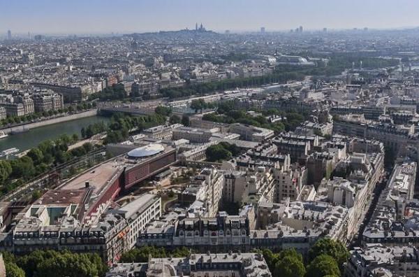 vue-musee-quai-branly-centre-paris-depuis-tour-eiffel1