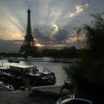 С днем рождения, символ Парижа! | Joyeux anniversaire au symbole de Paris !