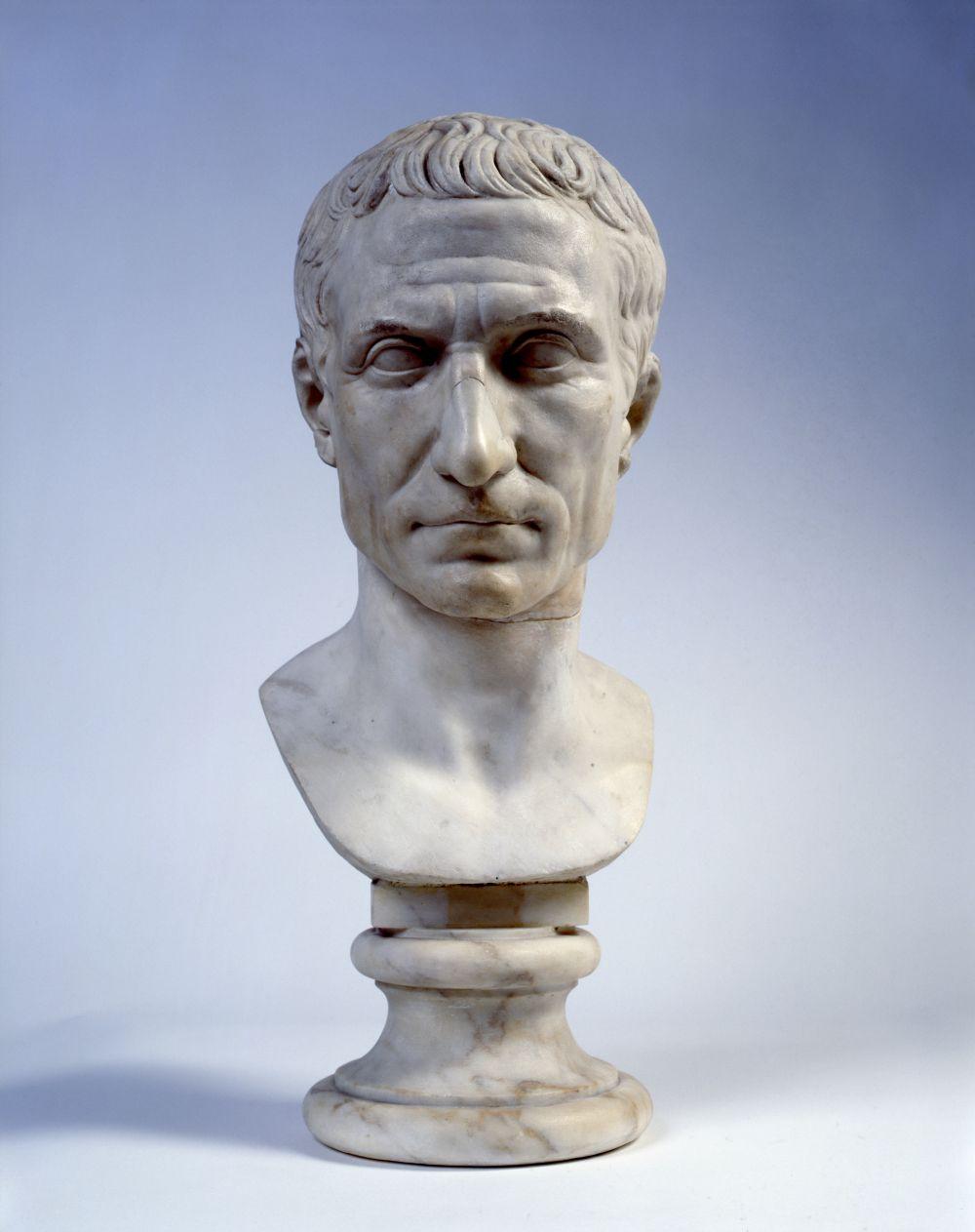 Цезарь трахает царицу 14 фотография