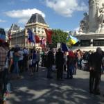 Пока «РО» был в отпуске в центре Парижа прошел митинг-концерт против войны на Украине.
