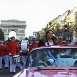 Париж встретил Новый год цирковым парадом  | Un défilé de cirques à Paris pour le Nouvel An