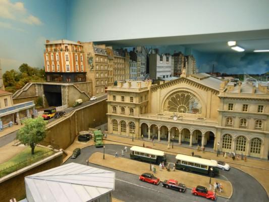 Уменьшенная копия Восточного вокзала (Gare de l'Est) в Париже