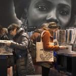 Французы по-прежнему любят книгу | Les français aiment les livres
