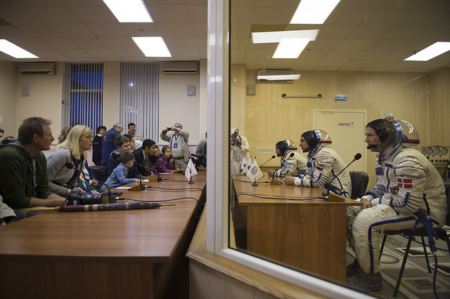 Космос и «земные споры»: 50 лет сотрудничества России и Франции |L'odyssée franco-russe dans l'espace se poursuit