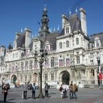 «Visit Russia» у главной мэрии Парижа |Visit Russia» sur la place de l'Hôtel de Ville à Paris