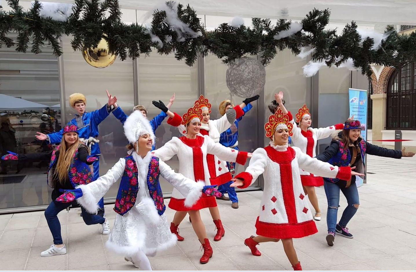 Русский праздник  в Центре Парижа | Les festivités russes au Centre de Paris