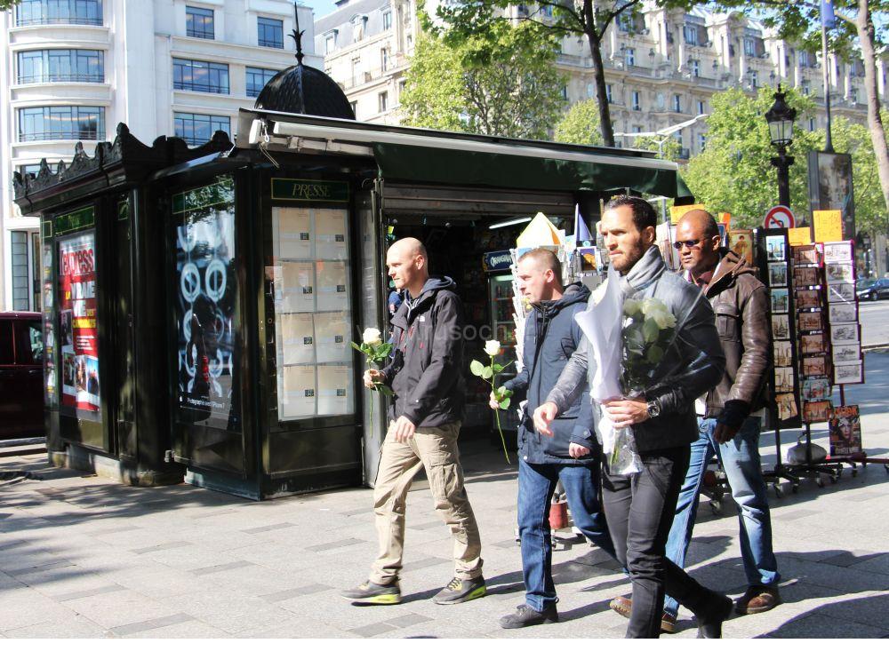Утро после теракта на Елисейских полях   Attaque sur les Champs-Elysees.Le matin 21 avril 2017