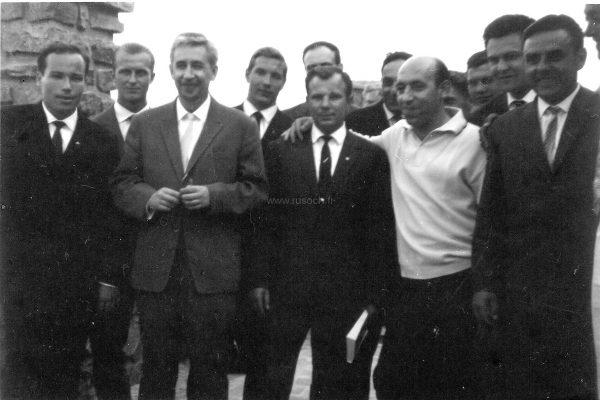 Советские космонавты в St-Pierre des Embiez, 1965 г. Crédit photo : Service photo Ricard — Jean Minassian. Collection Klimoff